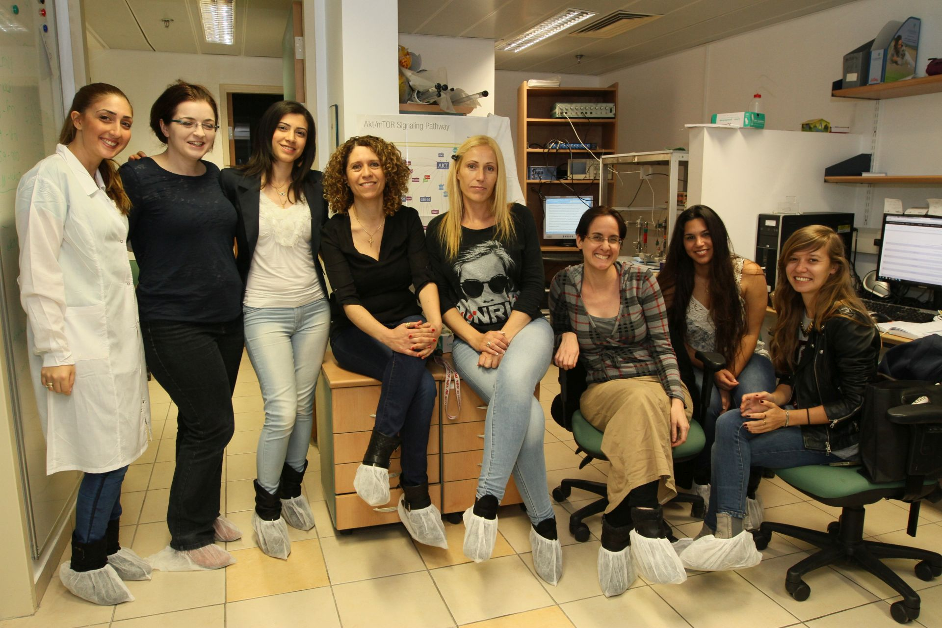Prof. Mouna Maroun and her research team